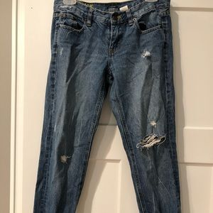 JCREW MATCHSTICK BOYFRIEND DISTRESSED KNEE JEANS